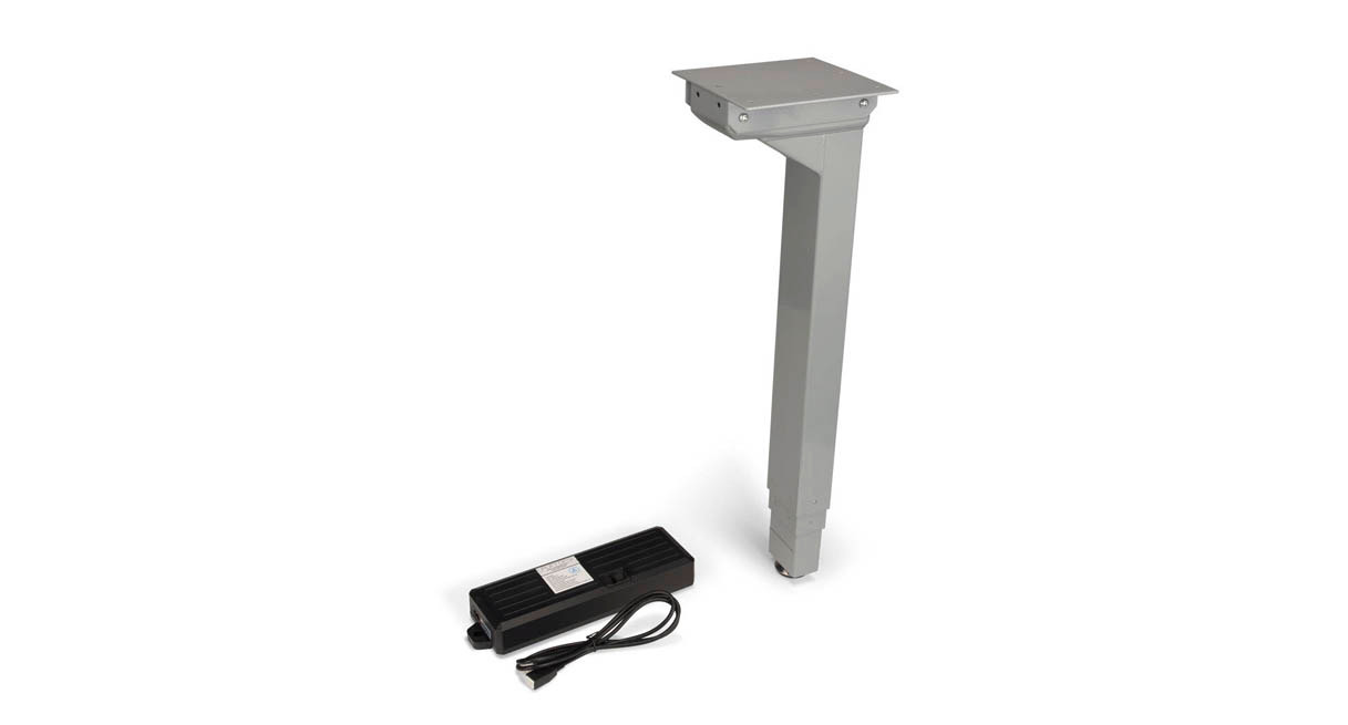 Easily revamps your 2-leg UPLIFT base to into a 3-leg desk