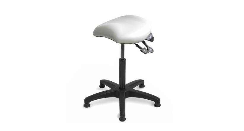 Saddle-style seat promotes an ergonomically ideal posture