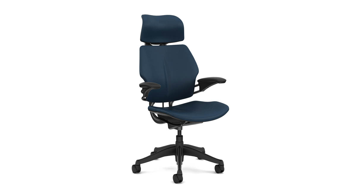 Freedom chair leather - Sensitive Headrest Moves Into Place As Users Recline