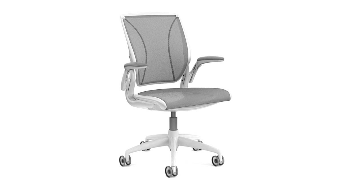 Tri Panel Form Sensing Mesh Back Offers Personalized Lumbar Support