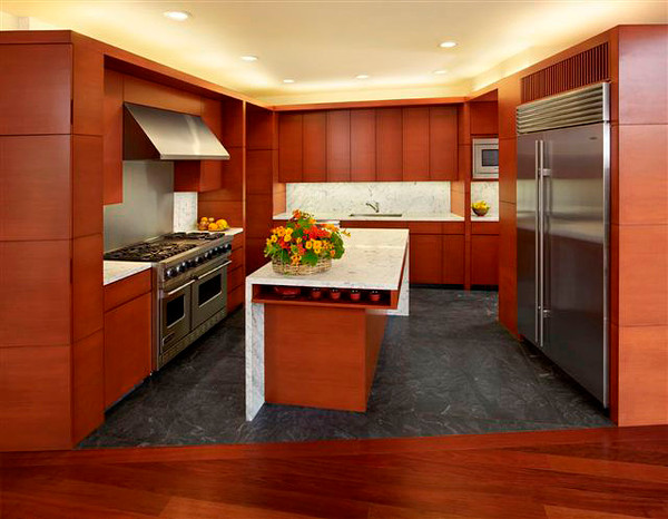 Modern Kitchen With Douglas Fir Veneer Oakwood Veneer