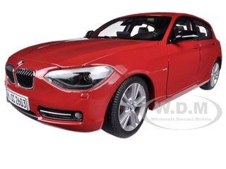 2010 BMW Serie 1 F20 Midnigt Blue 1:18 Paragon Models 97005