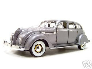 Chrysler Airflow Silver 1 18 Diecast Model Car Signature Models 18126