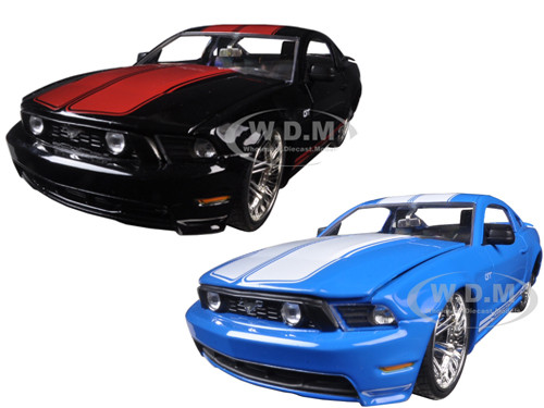 2010 ford mustang gt black with red stripes blue with white stripes 2 cars set 1 24 diecast. Black Bedroom Furniture Sets. Home Design Ideas