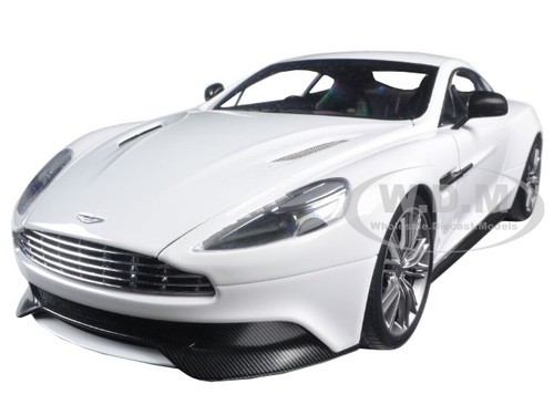 Delightful Aston Martin Vanquish Glossy White 1/18 Model Car Autoart 70250