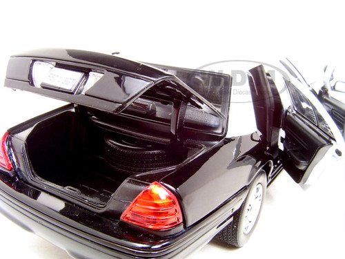 Ford Crown Victoria Unmarked Police Car 1 18 Diecast Model