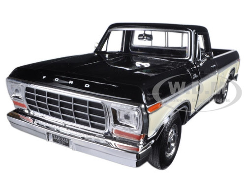 Motormax 79346RDCRM* Cream Pickup 1:24 Diecast Model 1979 Ford F-150 Red