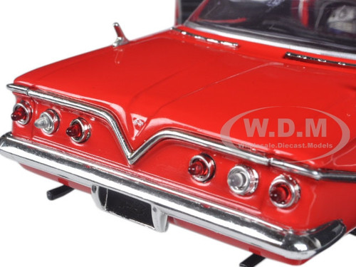 dom 39 s chevrolet impala red fast furious f8 the fate of the furious movie 1 24 diecast model. Black Bedroom Furniture Sets. Home Design Ideas
