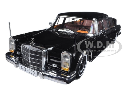 1966 Mercedes 600 Landaulet Limousine Black 1/18 Diecast Model Car Sunstar 2302