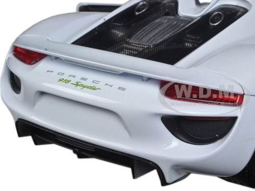 Brand New 118 Scale Car Model Of Porsche 918 Spyder No Top White Diecast By Welly