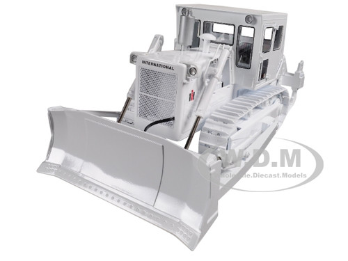 International Harvester TD-25 Dozer with Enclosed Cab and Ripper White 1/25  Diecast Model by First Gear
