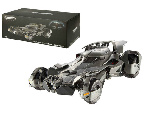 Dawn of Justice Batmobile From Batman vs Superman Movie Elite Edition 1/18 Diecast Model Car Hotwheels CMC89
