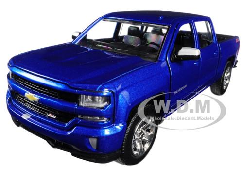 2017 Chevrolet Silverado 1500 LT Z71 Crew Cab Blue 1/27 Diecast Model Car Motormax 79348