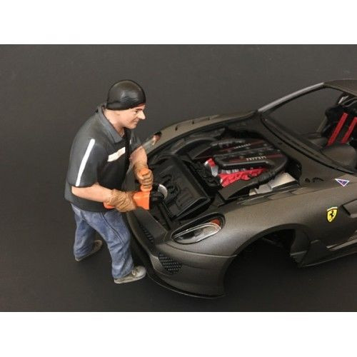 Chop Shop Mr. Chopman Figure for 1:24 Scale Models American Diorama 38261
