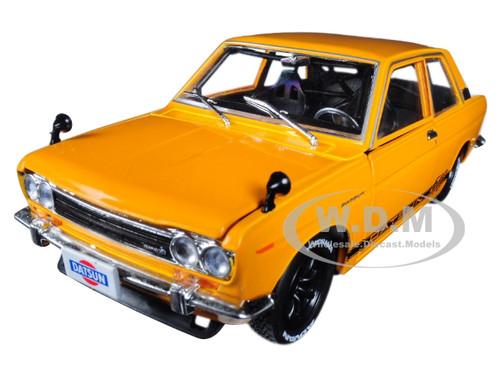 M2 MACHINES  AUTO JAPAN 1970 DATSUN 510 1//24 DIECAST CAR 40300 JPN02 B