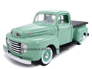 1948 Ford F1 Pickup Green 1/18 Diecast Model Car Road Signature 92218