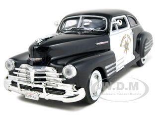 1948 Chevrolet Aerosedan Fleetline Highway Patrol Police 1/24 Diecast Car Model Motormax 76454