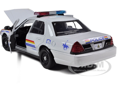 RCMP 2010 Ford Crown Diecast 1:24 Motormax 8 inch Royal Canada Mounted Police