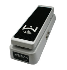Mission Engineering SP-1 Chris Broderick Signature Expression Pedal - white