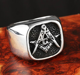 Mens Black Antiqued Master Mason Masonic Ring - ON SALE TILL 8-20-15