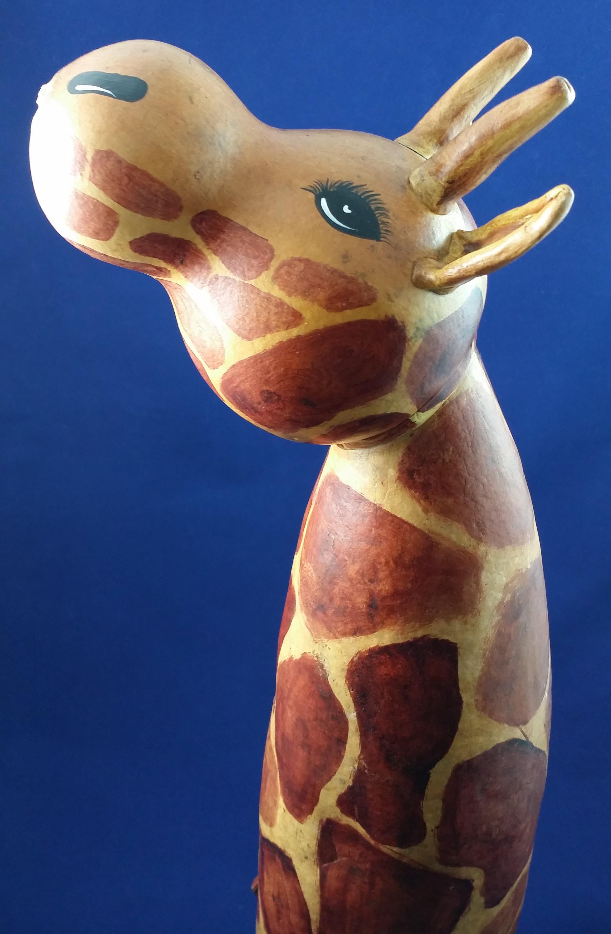 giraffe-extralargesidecloseup.jpg