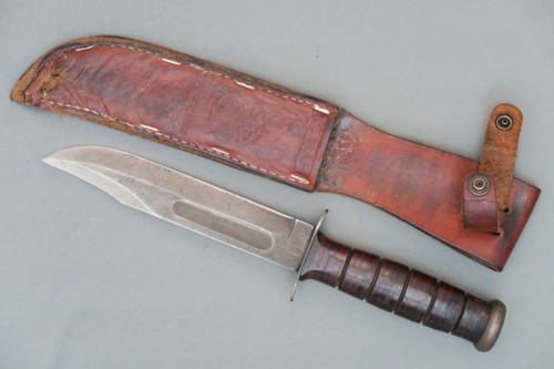Ka-Bar USMC Mark 2 Fighting Knife and Scabbard, Right Side