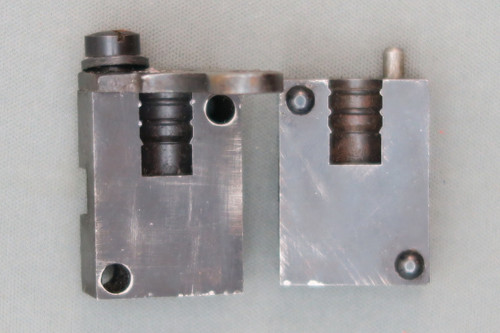 Ideal 360344-S Bullet Mould Inside