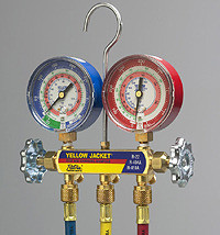 """Ritchie Yellow Jacket 42004 - Series 41 Manifold, 3-1/8"""" Gauges w/Hoses, R22/404A/410A"""