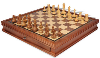 """British Staunton Chess Set in Golden Rosewood & Boxwood with Walnut Chess Case - 3.5"""" King"""