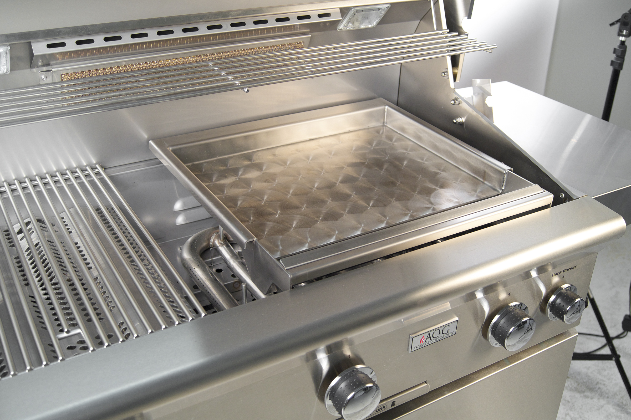 aog-stainless-griddle-lifestyle.jpg