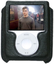 Signature Series Leather Pouch Case for 3rd Generation iPod Nano (Black)
