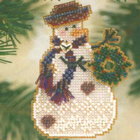 Wreath Snow Charmer Beaded Christmas Ornament Kit Mill Hill 2001