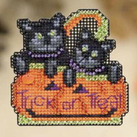 Kitty Treats Halloween Cross Stitch Kit Mill Hill 2009 Autumn Harvest
