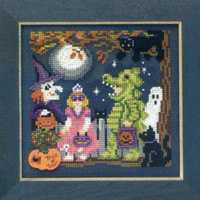 Halloween Night Cross Stitch Kit Mill Hill 2009 Buttons & Beads Autumn