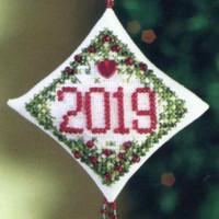 Holiday Memory Tiny Treasured Diamond Ornament Kit Mill Hill 2010