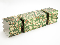 Giant Twist End Cracker - Traditional Holly | Meridian Speciality Packaging