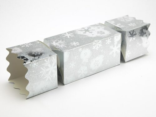 Extra Large Twist End Cracker - Silver Snowflake | Meridian Speciality Packaging