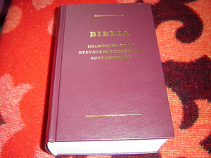 Gypsy Language Full Bible with Footnotes in Lovari Dialect / Cigany nyelvu BIBLIA / Cigányok, cigány bibliafordítás / Dulmutano Thaj Nyevoteshtamenticko Suntoiskiripe