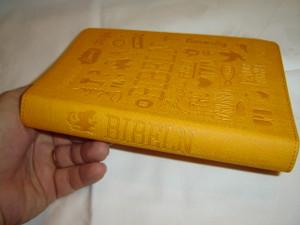 Swedish Bible Orange Cover Youth / Bibeln Konfirmandutgåva / Bibel 2000