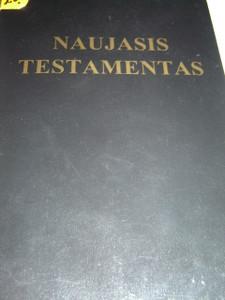 Black Paperback Lithuanian New Testament / Naujasis Testamentas / Printed in U.S.A.