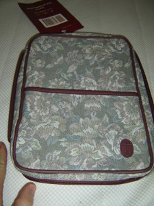 The Perfect Ladies Bible Case EX-LARGE Size / D/Rose Tapestry PT 12DR / Fits Bibles 7.5'' X 10.2'' X 2''