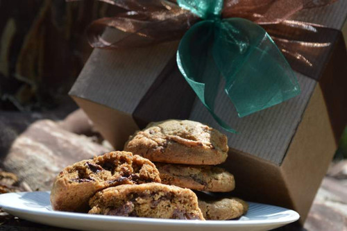 A gift box of one dozen artisan cookies.