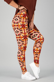 Pattern Print Leggings || 16