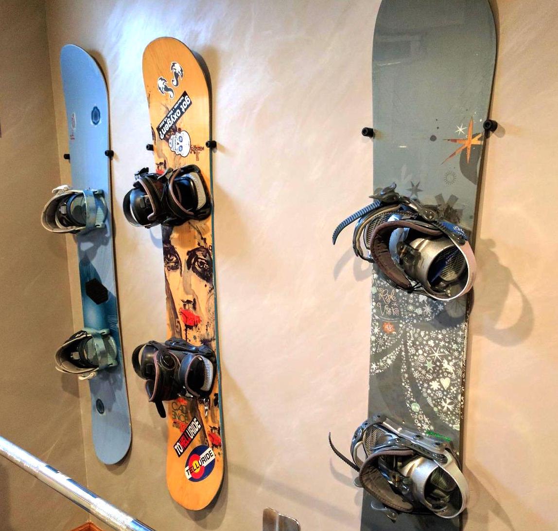 Best Way To Display My Snowboards