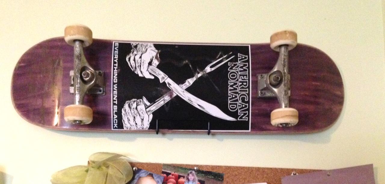 skate home wall mount. skateboard wall mount