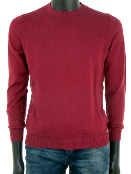 Red Crew Neck Pullover