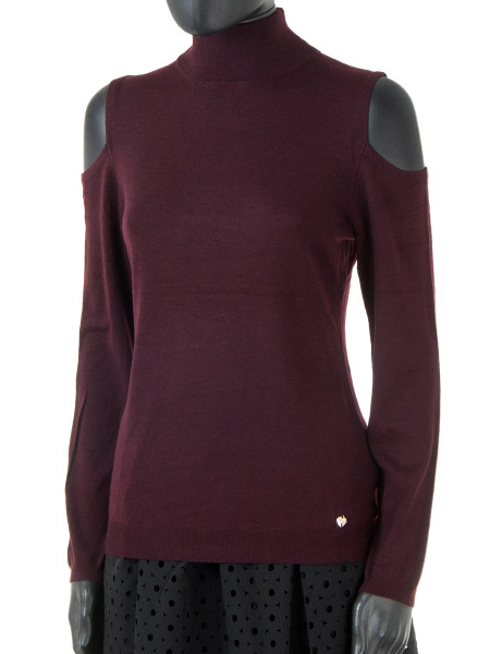 Blueberry Peak Shoulder Jumper