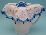 CMPATC079 Jug Cover with Cup and Saucer Centre