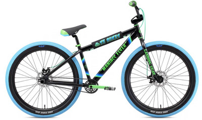 SE Bikes Maniacc Flyer Bike in black at Albe's BMX Bike Shop Online