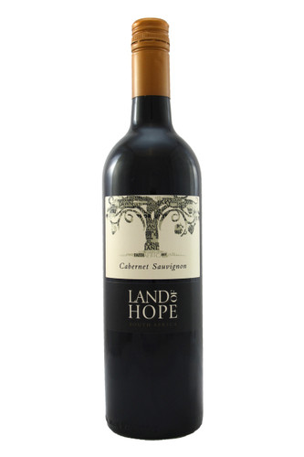 This Cabernet Sauvignon has depth and fullness in the shape of a plush and rounded structure.
